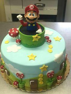 Super mario cake = super cute Mario Bros Cake, Super Mario Cake, Mario Birthday Cake, Super Mario Birthday, Sonic The Hedgehog Cake, Cake For Husband, Cake Design Inspiration, Snowman Cake, Donut Decorations