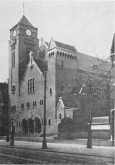 De Rooms Katholieke Kerk van de H. Elisabeth aan de Mathenesserlaan (1907/08) http://www.rotterdam010.nl/509-Kerken/01/Kerk-elisabeth.html