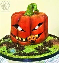 Peter the cannibal Jack o Lantern - cake by Bumblebee Bakes Goa Halloween 1, Halloween Cakes, Cupcake Cakes, Cupcakes, Custom Cakes, Goa, Cake Art, Cake Designs, Daily Inspiration