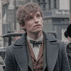 Fantastic Beasts and Where to Find Them Estilo Harry Potter, Harry Potter Icons, Harry Potter Aesthetic, Harry Potter Universal, Dramione, Eddie Redmayne Fantastic Beasts, The Way He Looks, Fantastic Beasts And Where, Perfect Boy