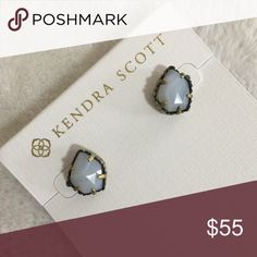 """Kendra Scott White Banded Agate Tessa earrings NEW WITH TAGS Kendra Scott White Banded Agate Tessa stud earrings  Antique Plated Brass Size:0.5""""L x 0.38""""W on post Material: white banded agate   I have more KENDRA SCOTT, check out my other items!  ❌ PRICE FIRM  ❤ LIKE ME ON FACEBOOK @MarianTNoonan Kendra Scott Jewelry Earrings"""