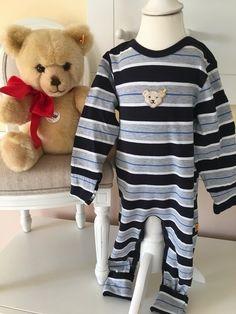 Mein Steiff Strampler Babyboy Gr.12 Monate / 80 cm von Steiff! Größe 80 für 20,00 €. Schau´s dir an: http://www.mamikreisel.de/kleidung-fur-jungs/baby-schlafanzuge/31090416-steiff-strampler-babyboy-gr12-monate-80-cm.