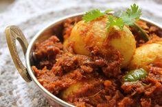 Foodie In Me: BM #1 - AAE - Day 17 - Dimer Kosha | Boiled Egg Masala