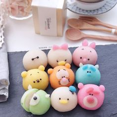 They're so cute, they almost look like Mochi too! Disney Desserts, Cute Desserts, Disney Food, Dessert Kawaii, Cute Food, Yummy Food, Comida Disney, Cute Baking, Japanese Sweets