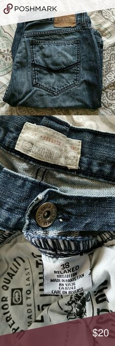 """Men's Ecko Relaxed Fit Jean Shorts Trades?: No  Offers Welcome?: Yes  Condition?: Used. There is a small hole on the back leg, as pictured.  Smoke-Free / Pet Free?: Non-Smoking, Cat-Friendly Home  Inseam measures approximately 12"""" Ecko Unlimited Shorts Jean Shorts"""