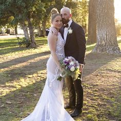 Pin for Later: You Won't Be Able to Stop Scrolling Through These Gorgeous Summer Weddings Erika Christensen and Cole Maness The actress married Cole in Palm Springs, CA over the Summer.