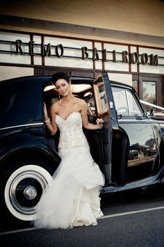 www.tripler.com.au #stunningbride #classiccar #weddingcar #weddingcarsmelbourne #style #wedding