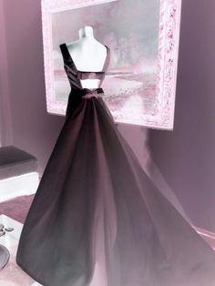 Aspettando le prossime novità...... Alessandro Tosetti Www.alessandrotosetti.com www.tosettisposa.it #abitidasposa2015 #wedding #weddingdress #tosetti #tosettisposa #nozze #bride #alessandrotosetti #agenzia1870