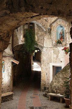 Downtown Dolceacqua - Liguria