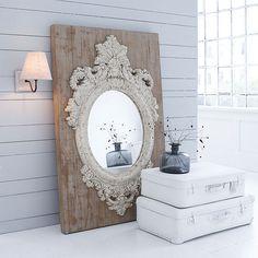 Wandspiegel mit barockem Rahmen in natur/weiß von MARAVILLA bei IMPRESSIONEN
