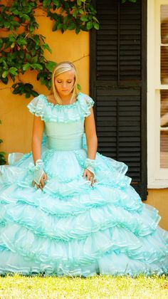 How did I let sis talk me into this. Frilly Dresses, Lovely Dresses, Dance Dresses, Girly Outfits, Fall Outfits, Southern Belle Dress, Vintage Ball Gowns, Southern Fashion, Maid Dress