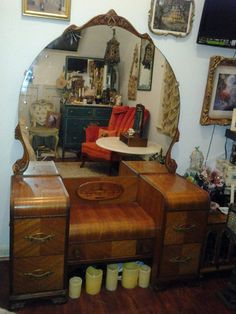 Old Hollywood Engraved & Inlaid Checker-board Waterfall Vanity Dresser. Looks a lot like mine! Art Deco Furniture, Furniture Styles, Vintage Furniture, Diy Furniture, Dream Furniture, Quality Furniture, Repurposed Furniture, Painted Furniture, Antique Vanity