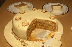 Torta de Mil Hojas con Manjar (receta chilena)/ One Thousand Layers Cake with Dulce de Leche. MY FAVORITE CHILEAN CAKE!