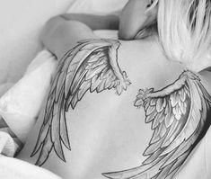 Tatouage ailes ange dos