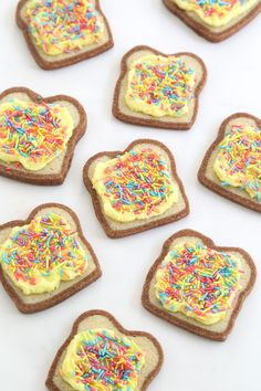 Fairy Bread Cookies ~ Discover this bite-size take on a colorful (and irresistible) treat. By Sprinkle Bakes for the Etsy Blog