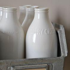Bouteille de lait - www.lereperedesbelettes.com