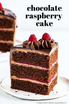 This chocolate raspberry cake recipe features soft chocolate cake layers, tart raspberry filling, and creamy chocolate buttercream frosting. This homemade, from scratch chocolate cake is a must if you love chocolate and raspberries! Use frozen raspberries and you can make this dessert any time of year! Delicious Cake Recipes, Best Cake Recipes, Cupcake Recipes, Yummy Cakes, Sweet Recipes, Cupcake Cakes, Dessert Recipes, Cupcakes, Frosting Recipes