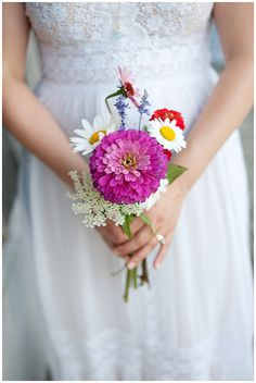 wildflower bouquet - photo by Jessica Maida / jessicamaida.com #wedding #bridal #bouquet