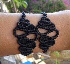 Macrame infinity bracelet by lulupica on Etsy