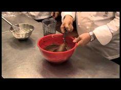 "Meringhe ""S"" al cioccolato, Iginio Massari - YouTube"