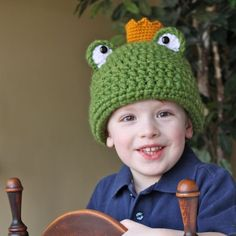 Principe ranocchio (cappello, maglia e uncinetto) - Frog Prince, Hat, Crochet and knitting - Pattern by Micah Makes