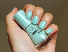 NOTD: Essence 146 That's What I Mint! #green #mint #nailpolish - bellashoot.com