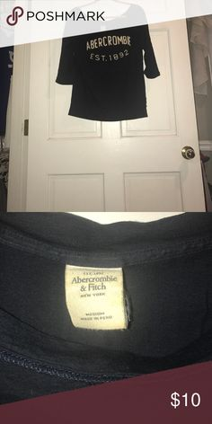 Abercrombie size medium MAKE A OFFER Abercrombie & Fitch Tops