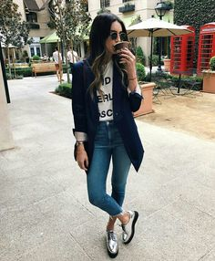 Top 5 Metallic Shoes Thrifts and Threads White tshirt with graphiccropped denimsilver laced shoesNavy long blazerbrown crossbodysunglasses Fall Casual Outfit 2016 Work Casual, Casual Chic, Casual Looks, Comfy Casual, Smart Casual, Casual Party, Mode Outfits, Fashion Outfits, Womens Fashion