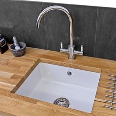 The Reginox Mataro 1 bowl undermount ceramic kitchen sink is the perfect blend of style and functionality.