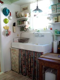 I love this sink.  i may have pinned this before - but i still love it just as much!