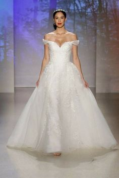 afc083dbbaa Alfred Angelo 2017 Disney Wedding Dress
