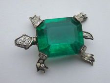 ART DECO NETTIE ROSENSTEIN EMERALD GREEN GLASS JELLY BELLY RHINESTONE TURTLE PIN