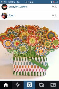 Sugar cookie basket