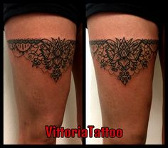 Ornamental Garter Tattoo Tattoos by Vittoria Via A.Volta 49 Côme Tattoo Shop #ornamentaltattoo #gartertattoo #tattoosbyvittoria #vittoriatattoo #comotattoo #viavoltatattoo