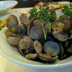 Steamed clams with garlic. Shared by Caitlin on Fork: Food discovery & inspiration.