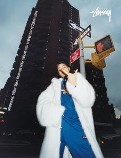 Stüssy & photographer Tyrone Lebon take on New York for spring 2017 ad campaign Princesse Nokia, Fotografie Hacks, Tyrone Lebon, Mode Hip Hop, Foto Casual, Mode Streetwear, Mode Vintage, Photoshoot Inspiration, Film Photography