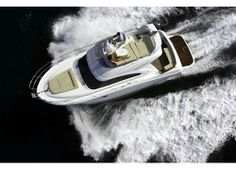 Antares 36 #Yacht - From above view. MotorBoat Design by Beneteau Power Boats. Boatyard: Beneteau. Year: 2010. Find out more at: http://www.barcheyacht.it/scheda-tecnica/beneteau-antares-36/