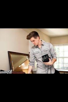 Connor Franta Smirk youtubers on Pinterest...