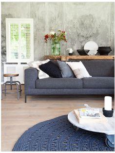 Weer een prachtige metamorfose door Frans van @vtwonen ! I <3 grijs-wit-hout-beton!
