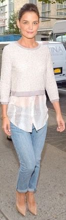 Finally Katie Holmes, your street style is comfortable AND chic! At last got the in between  right!