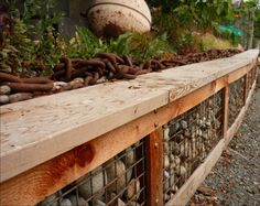 Gabion retaining wall with seating