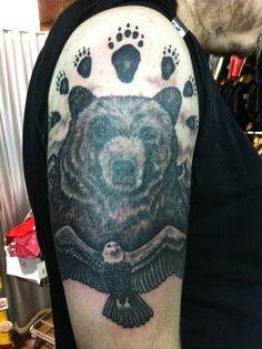 Tatuaje Oso estilo realista realizado en Nave Rock