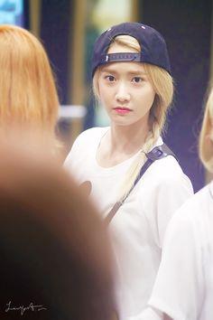 Yoona (윤아) May 30, 1990 Seoul, South Korea. Almamater Dongguk University. Singer, actress #GirlsGeneration