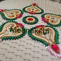 Diwali Diya, Diwali Craft, Acrylic Rangoli, Rangoli Designs Diwali, Envelope Art, Art N Craft, Latest Sarees, Acrylic Art, Clay Art