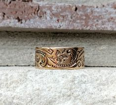 Antique Gold Wedding Band Ring in Yellow - Rose Gold Antique Wedding Bands, Wedding Rings Vintage, Wedding Ring Bands, Gold Wedding, Antique Gold, Antique Jewelry, Vintage Jewelry, Cigar Band, Wide Band Rings