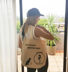 The Big Seahorse hanging out with the Drinking Cat. Hand painted tote bag by Grafeeq Gym Gear, Cotton Tote Bags, Hanging Out, Shopping Bag, Drinking, Hand Painted, Cat, Collection, Women