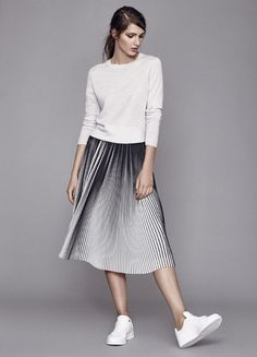 AW16 looks. Pleated Midi Skirt & white sneakers.