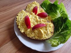 Zdravě jíst: Falešná vajíčková pomazánka Tofu, Guacamole, French Toast, Mexican, Eggs, Cooking, Breakfast, Ethnic Recipes, Egg