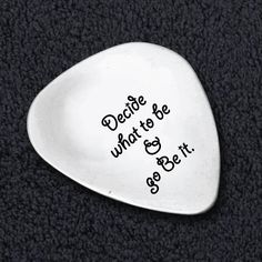 Amazon.com: Decide What To Be And Go Be It Guitar Pick - Entrepreneur Quote - Steve Job Saying - Graduation Inspiration Quote - Guitar Picks Custom - Custom Cool Guitar Pic ks - Guitar Plectrum: Musical Instruments