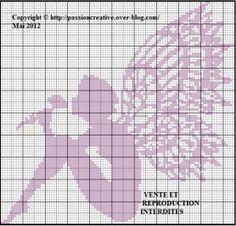 Grille gratuite point de croix : Petite fairy with a rose